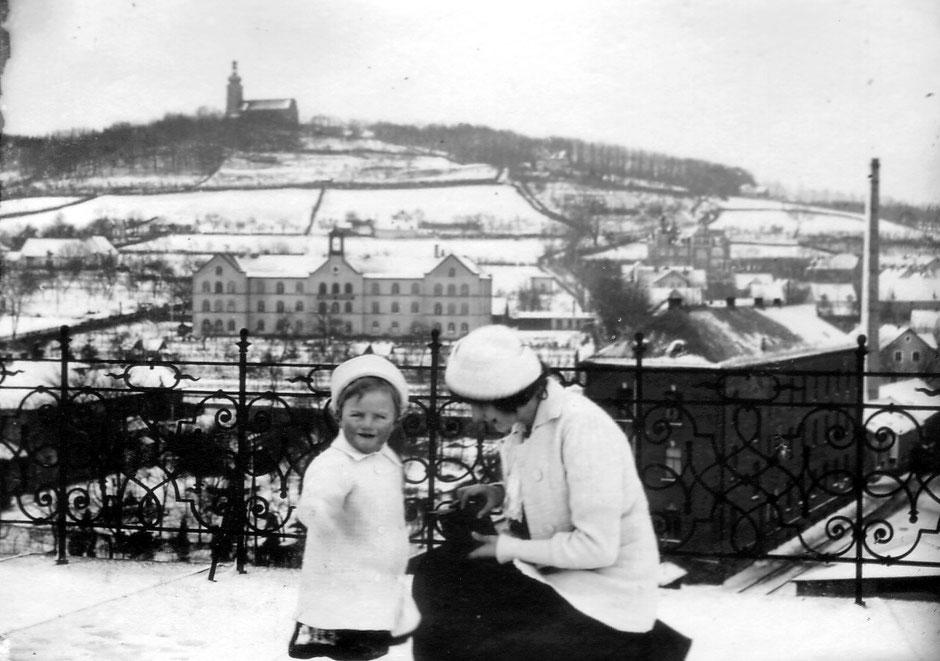1913 Blick auf das Krankenhaus und Wohnzimmer (Werner und Elsa)
