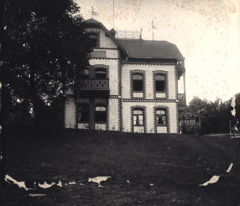 1900 Vorderansicht