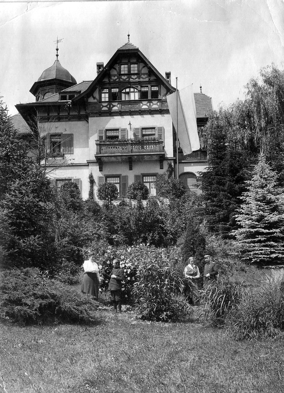 1914 von li Else (Tochter),Hans (Sohn, Babette und Erhard [11]