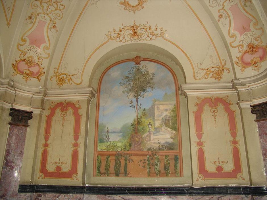 2004 Eingang mit Malerei