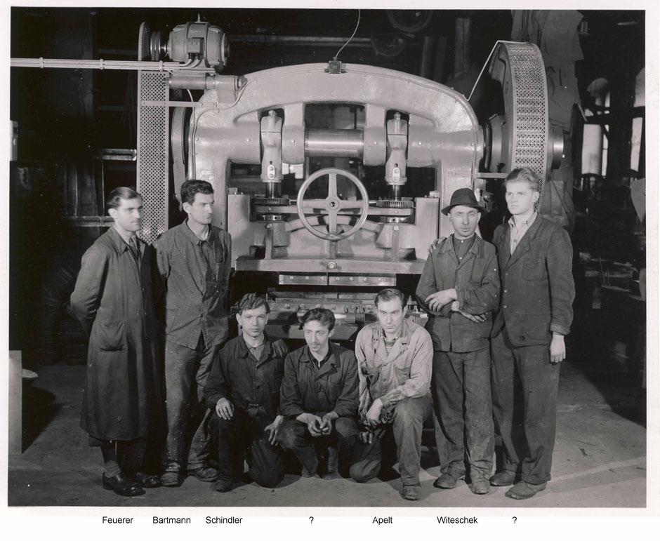 1950 neue 15to Exzenterpresse