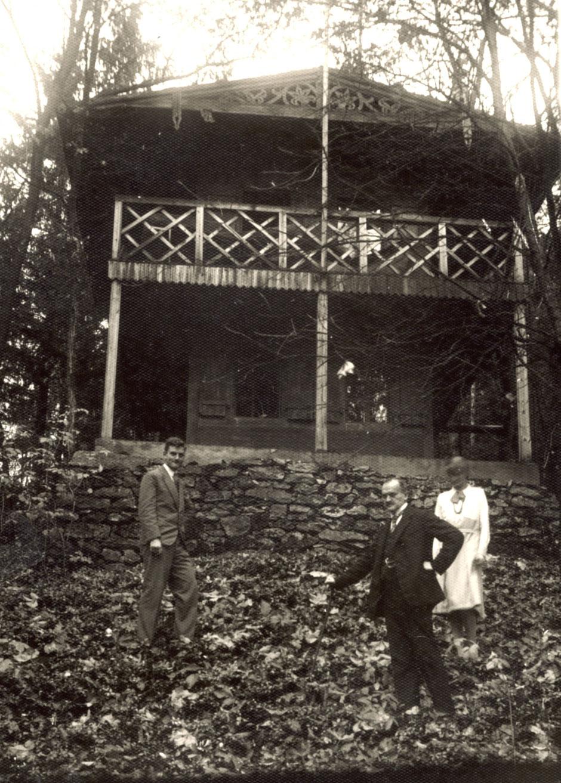 1930ca Schweizer Häuschen (Werner, Oskar, Elisabeth)