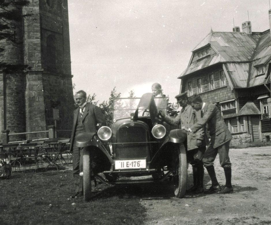 1926 (Oskar,Elisabeth,Kunz,Werner)