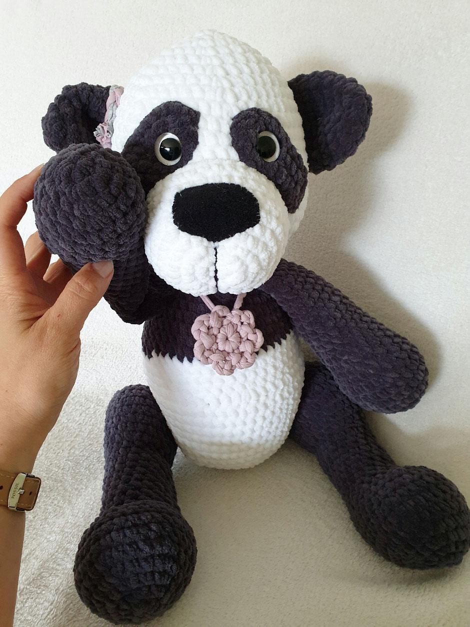 Pandadame Luana (50 cm groß/ aus Samtwolle)