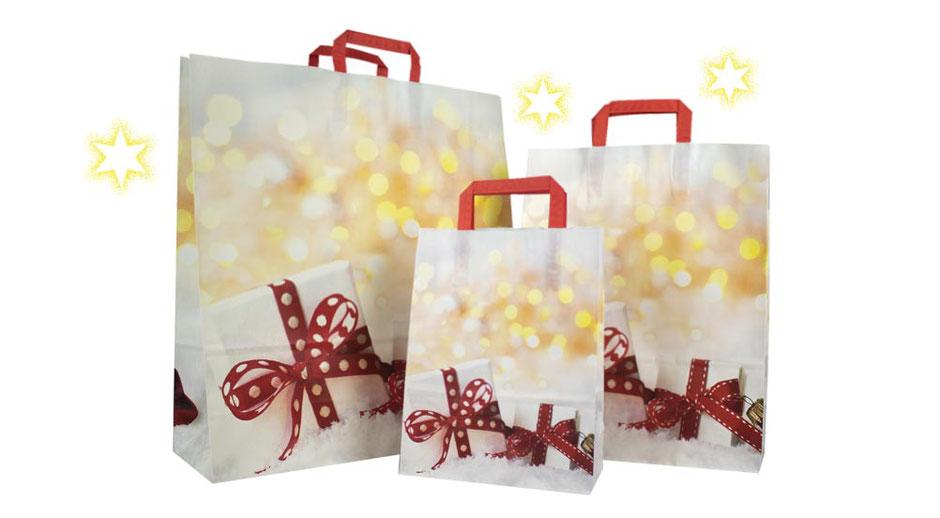 Weihnachtstüten Geschenk ab 100 Stück günstig kaufen bedruckt mit Geschenke weihnachtlich als Griffe dienen Henkel aus Papier in rot