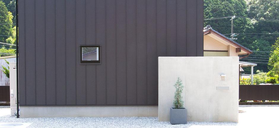 コンクリートの箱塀の画像