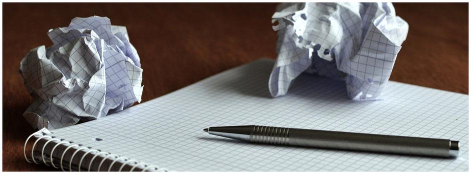 Verworfene Ideen zerknültes Papier Ideen sammeln | domiswindrad.ch