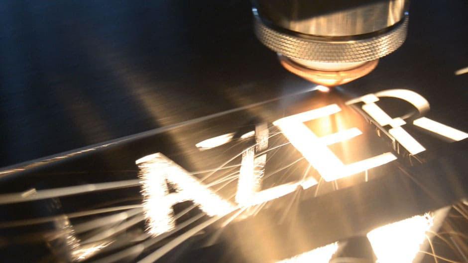 laser de fibra optica con lazer del valle