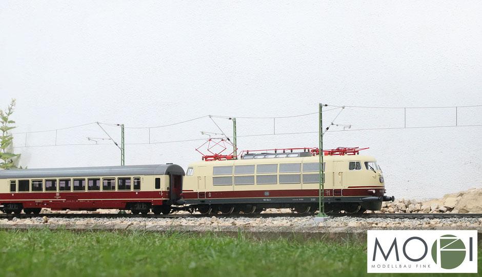 Die Oberleitung von MOFI, Modellbau Fink für die Spur-G Modellbahn für den eigenen Garten mit der E-Lok BR 103 von Piko.