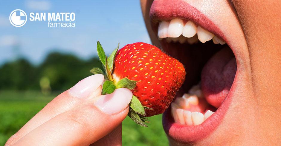 Cómo lucir una sonrisa perfecta este verano - Farmacia San Mateo Alicante