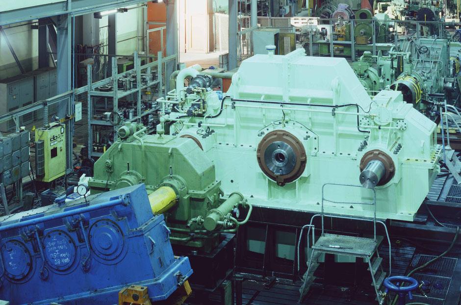 Getriebetechnik Dessau, Prüfstand mit Schiffsgetriebe