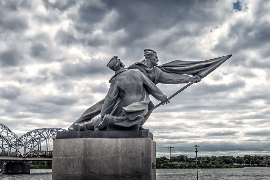 denkmal-russische-revolution-riga