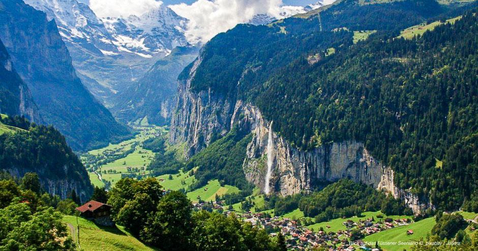 Wandern mit Eiger-Mönch-Jungfrau-Panorama - Hiking around Grindelwald