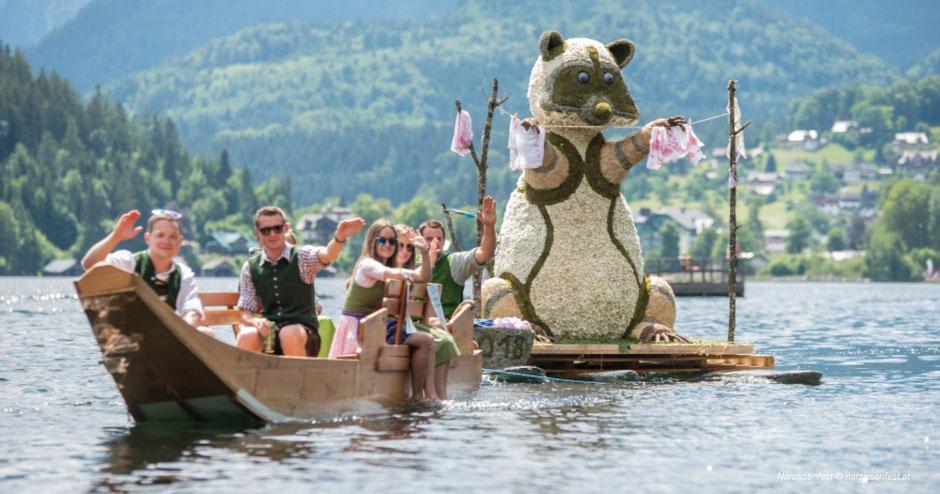 Narzissenfest, Ausseerland, Bad Aussee, Grundlsee, Bootskorso, Korso, Blumenfiguren, Brauchtum, Steiermark, Tradition, Salzkammergut, Ausseer See, Grundlsee, Festprogramm, Alpenjuwele, Kulturjuwele, Ausflugsziele, Ausflugstipps, Gruppenreisen, Maifest
