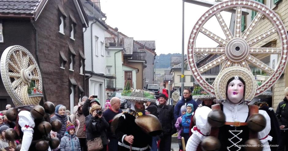 Passionsspiel, Erl in Tirol, Brauchtum, Passion, Frühling, Sommer, Herbst, Tradition, Tirol, Jesus, Pilatus, Jünger, Laiendarsteller Tirol, Westösterreich, Winter austreiben, alle 6 Jahre