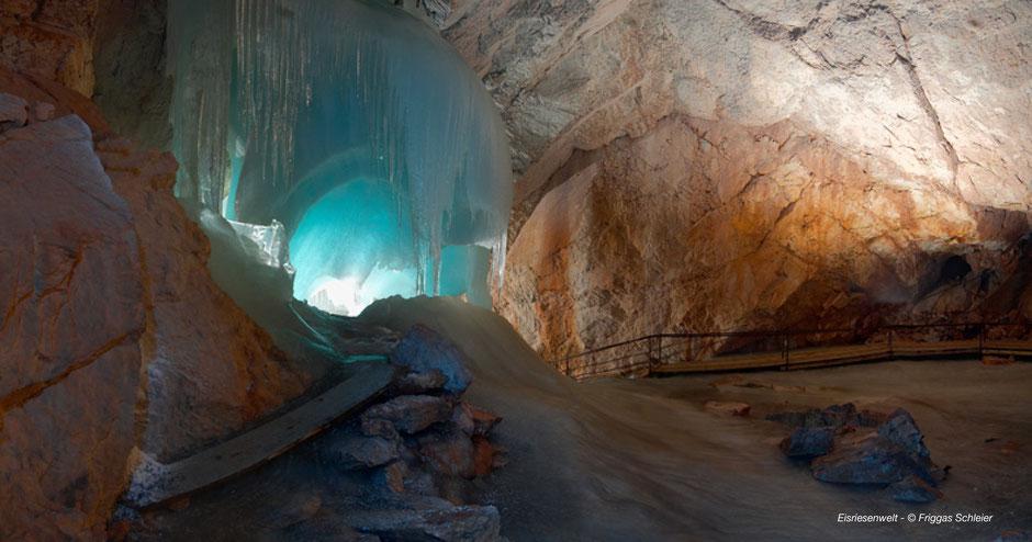 Wandern zur Eisriesenwelt - Hiking at Eisriesenwelt-Salzburg