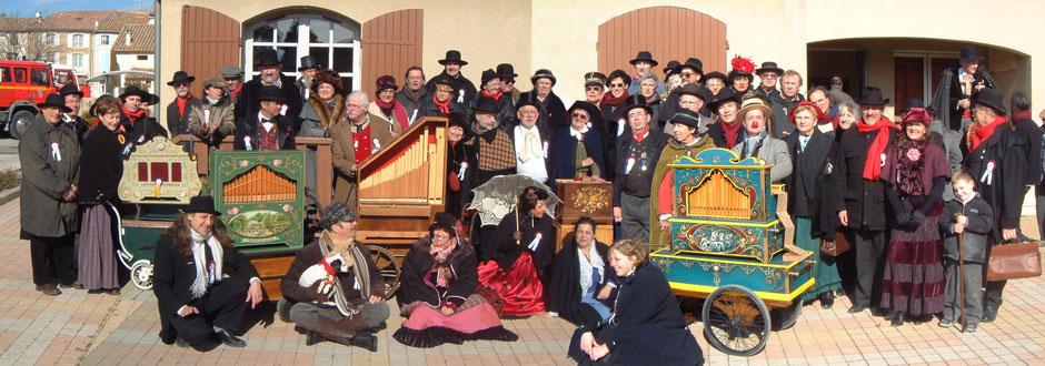 Festival des manivelles de l'Amour Roquemaure Gard France