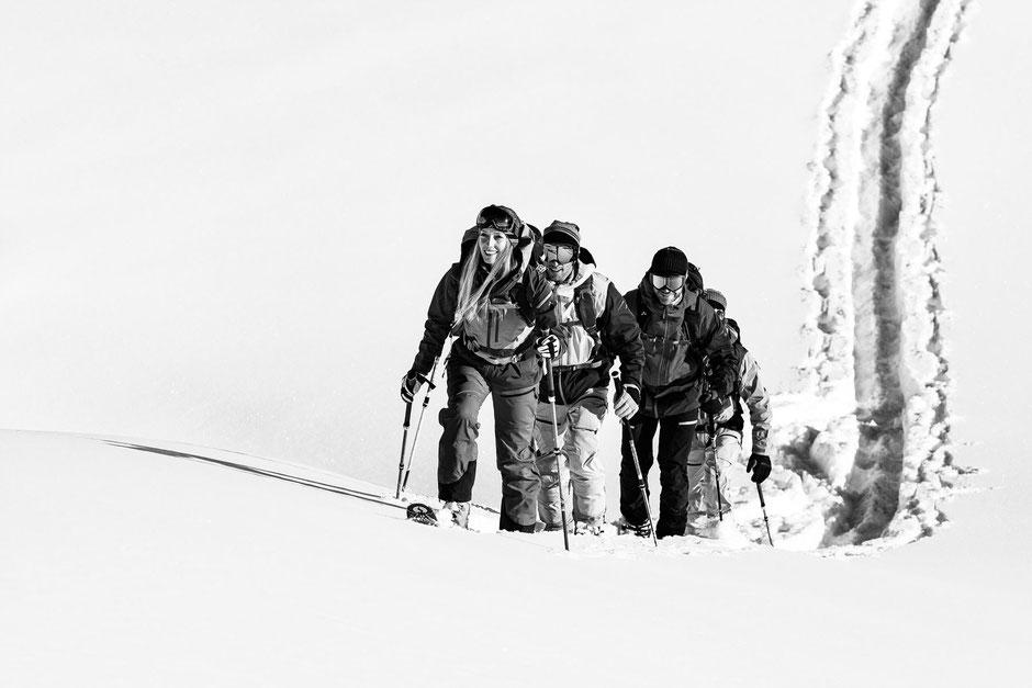 Das Blackmountainswhite Team auf Skitour im Montafon