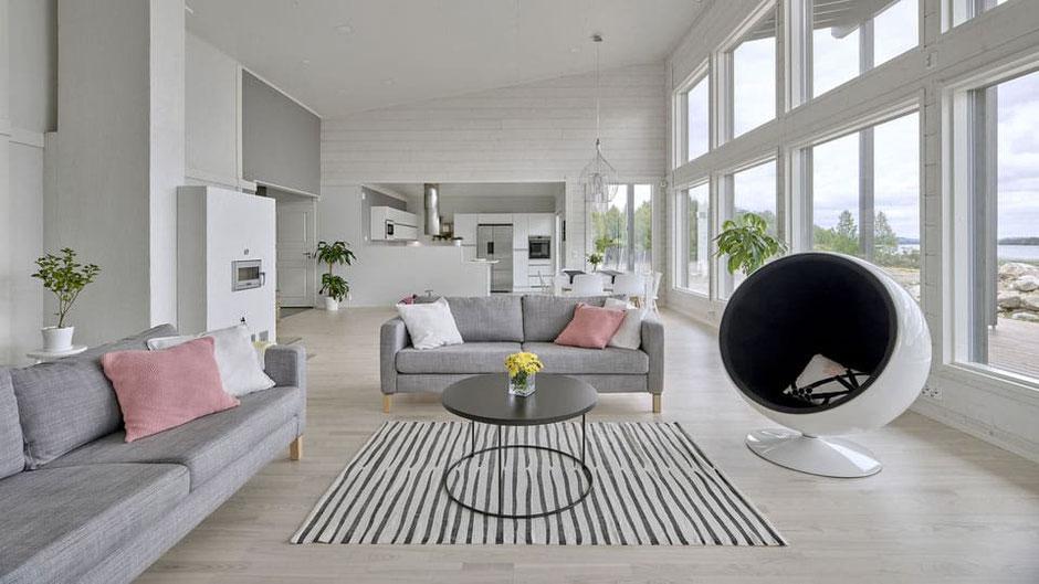 Hausbau - Holzhaus in Blockbauweise - Ökologisches Blockhaus - Architektenhaus in skandinavischem Stil - Zimmerei Holzbau Brandt in Niedersachsen