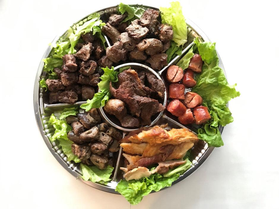 【Churrasco Mix】 Picanha・Pivanha ao alho・Fraldinha・Costela de porco・Linguica・Coracao de frango ~para Viagem Choupana~