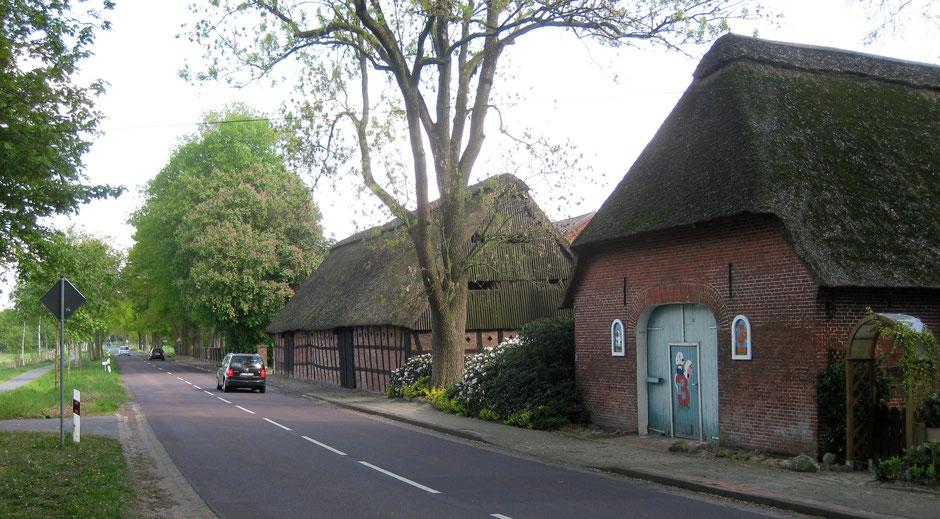 Denkmalgeschützte Durchfahrtscheune in Hollen - Bei den Bauern 1
