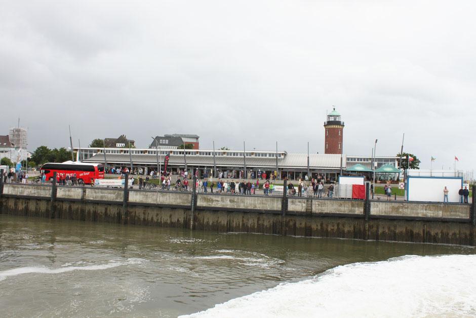Cuxhaven (Alte Liebe) Abfahrt nach Helgoland mit Halunderjet