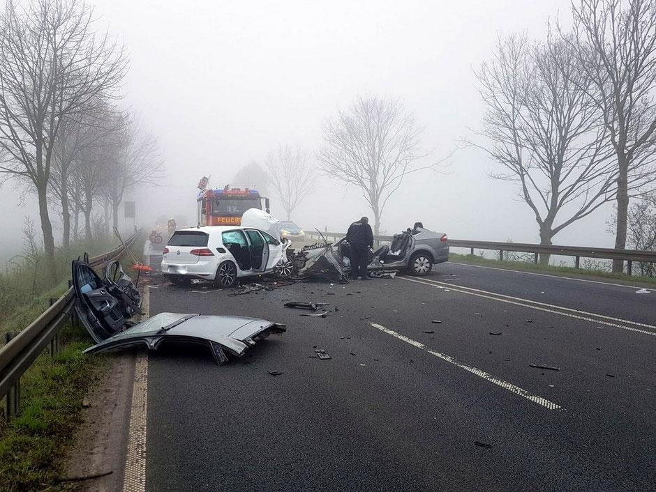 Einsatz 041 / Verkehrsunfall - Person eingeklemmt - Freiwillige ...