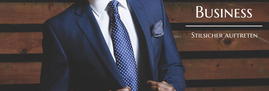 Bild: Mann im Anzug, im Business stilsischer auftreten