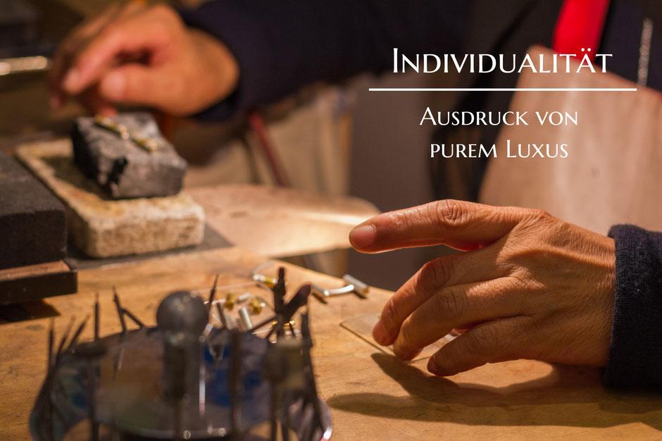 Bild: Individualität Ausdruck von purem Luxus für Manschettenknöpfe