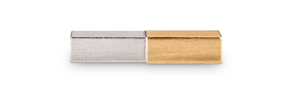 Bild: Handgearbeitete 925er Sterlingsilbermanschettenknopf Stäbchen eckig mit aufgelötetem