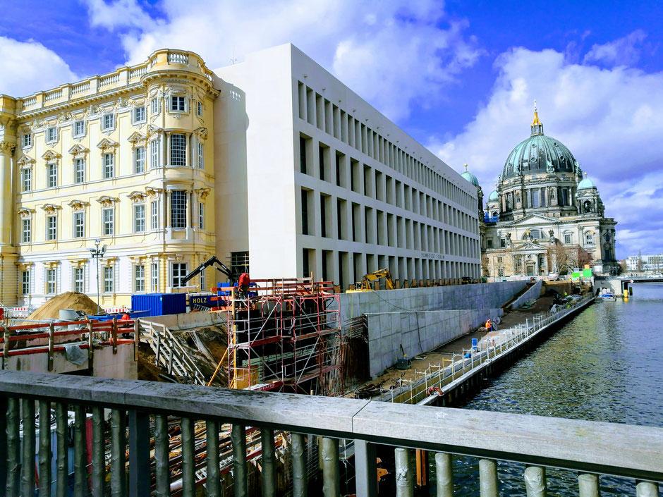 Humboldt Forum en Dom in Berlijn
