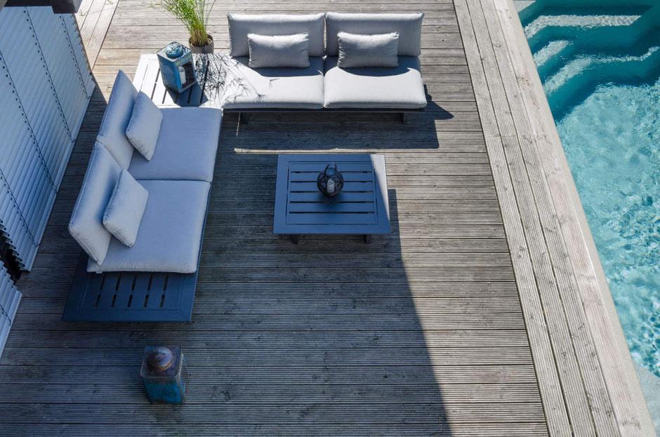 Outdoor Lounge mit winterfesten Gartenmöbel