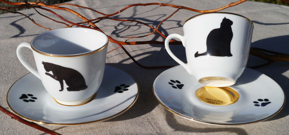 Tasses à café chats noir et or porcelaine