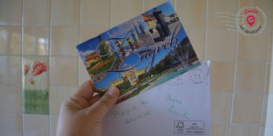Emilie en Wallonie | Collectionne | Les cartes postales | ©Michèle Mestrez