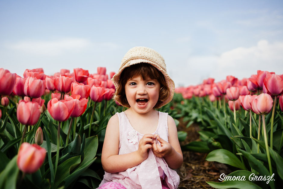 pink tulips voorhout laughing girl