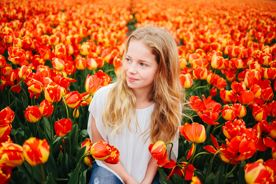 orange tulips girl Sassenheim
