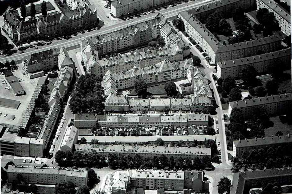 Quelle: Arbeitskreis Stadtteilgeschichte Ramersdorf