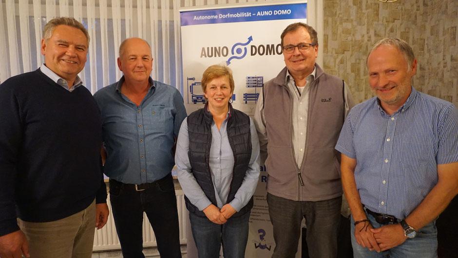 Bumo-Vorstand (v. l. n. r.): Stephan Mäurer (stellvertretender Vorsitzender), Bernd Brandes (Schriftführer), Irmgard Ohlendorf (Kassenwartin), Dieter Hefner (Vorsitzender), Michael Buntfusz (stellvertretender Vorsitzender)