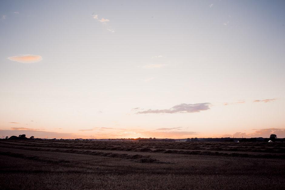 Sonnenuntergang auf dem Land Hochzeitsreportage
