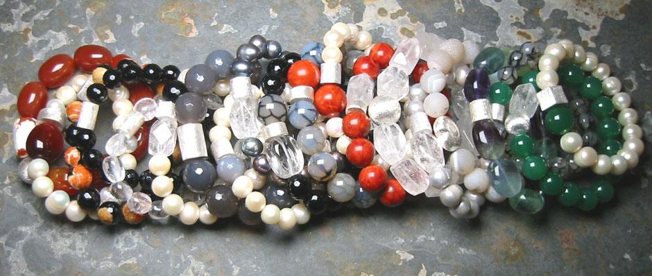 Armband, Armbänder aus Perlen, Edelsteinen, echten Steinen, Perlenarmband, echte Perlen, Zuchtperlen, Süßwasserperlen, günstig kaufen, bestellen