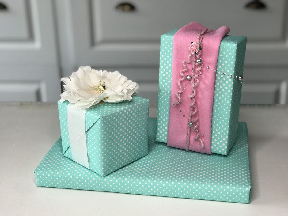 Geschenke zum Muttertag verpacken