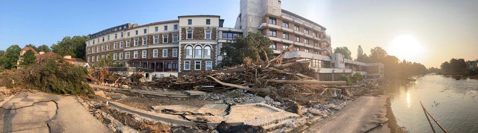 Fördermittelgewinnung und Spendeneinnahmen sind für die Dr. von Ehrenwall'sche Klinik sehr wichtig, um das zerstörte Gebäude wieder aufzubauen.