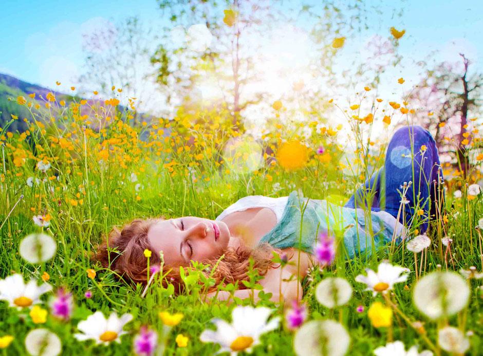 Im Zustand der hypnotischen Trance sind wir tief entspannt und nach innen fokussiert.