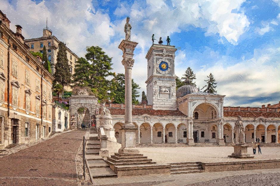 Udine Piazza Libertà, salita al castello
