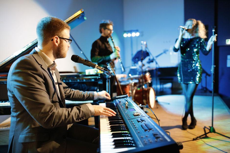 Allive-Band, Alive-Band, Alive, ALlive, Halle, (Saale), Saale, Kevin Kemnitzer, Martin Tuchscherer, Coverband