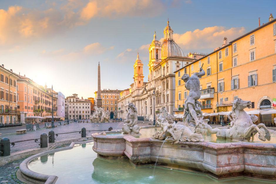 Blick auf den Piazza Navona in Rom
