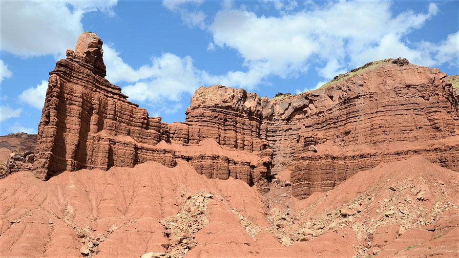 Südwesten USA Touren: Felsformation im Capitol Reef Park