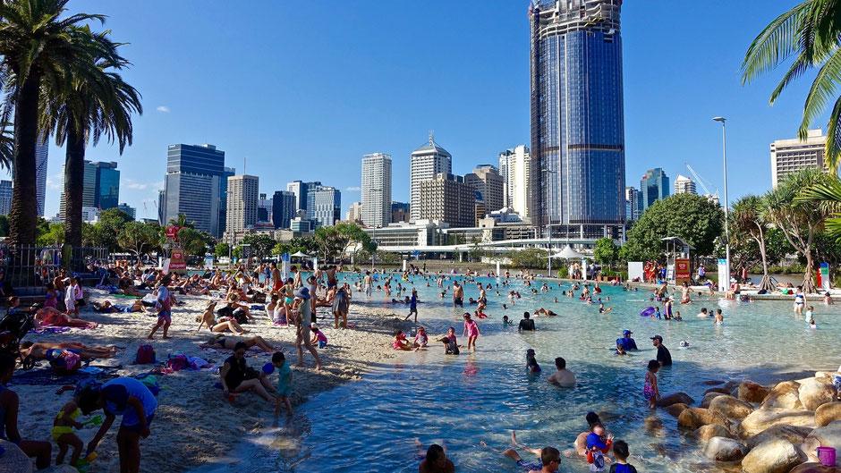 Brisbane Sehenswürdigkeiten  Streets Beach