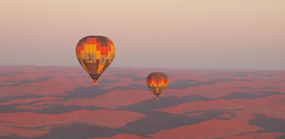 Namibia Sossusvlei Reisebericht Ballonfahrt über den Dünen