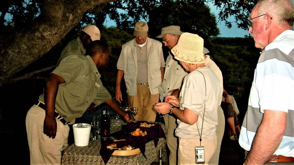 Afrika Safari Reise Blog Sundowner in Kenia